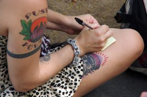 Tatouage punk - stylo bille -