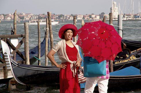 Venise - Gondole - Ombrelle - Rouge