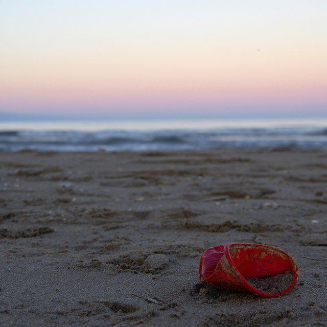Exposition photo - Dégouts des couleurs - déchet plastique - Delta de l'ebre - Couleurs Méditerranée - Festival photo - Protection du littoral - zéro déchet - RSE - sensibilisation à l'environnement - Phare El Fangar - Pentax K5II