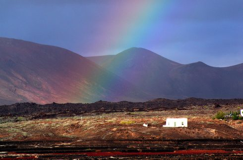 Volcan - Lanzarote - îles Canaries _ Arc en ciel